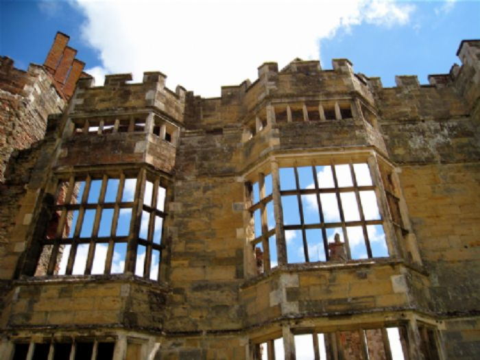 Cowdray's ghostly Viscount?