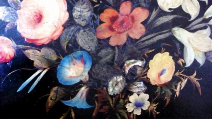 Pressed and lacquered flowers