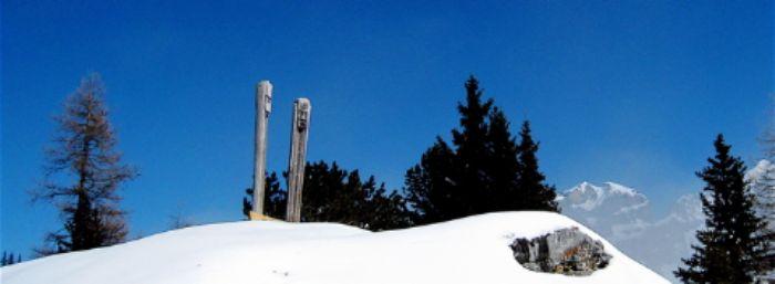 Totem guardians of the Gemmi Pass
