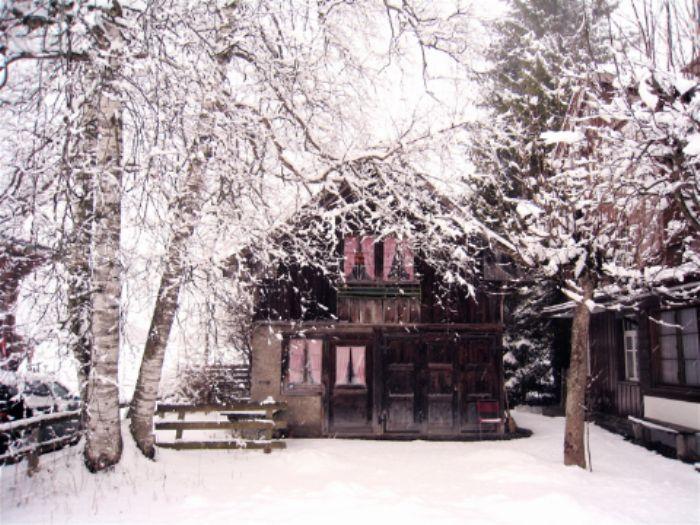 'Gingerbread' village house, Kandersteg