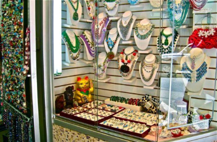 Jewels, jewels  and more jewels -  Chinatown