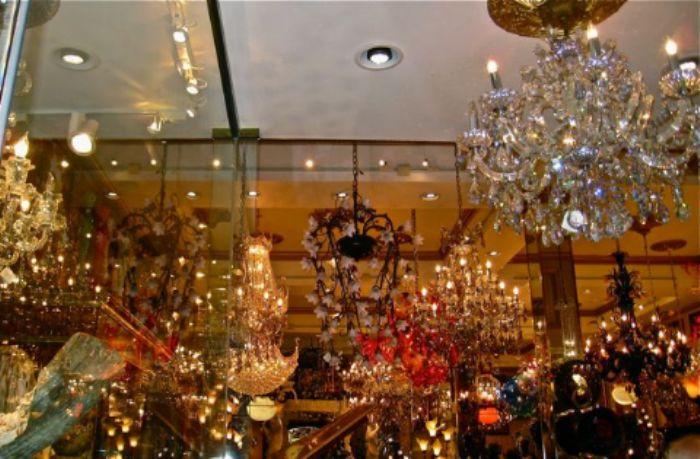 Constellation of chandeliers  -  Chinatown