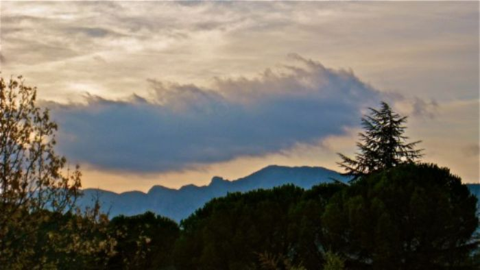 Evening with Mont St. Victoire