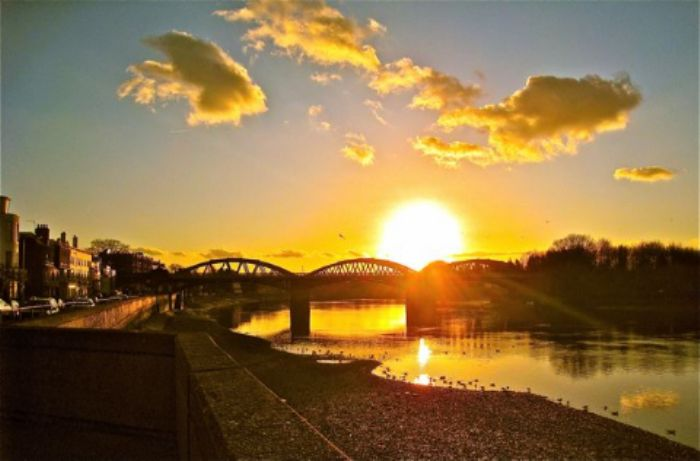 Sun setting, Barnes bridge