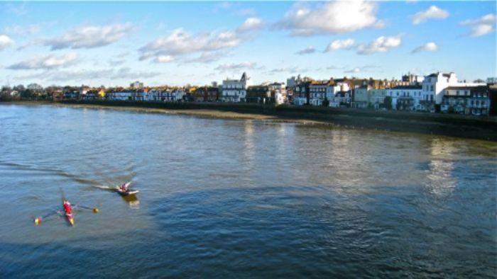 New Year's Day  -  view of Barnes from Barnes Bridge ...