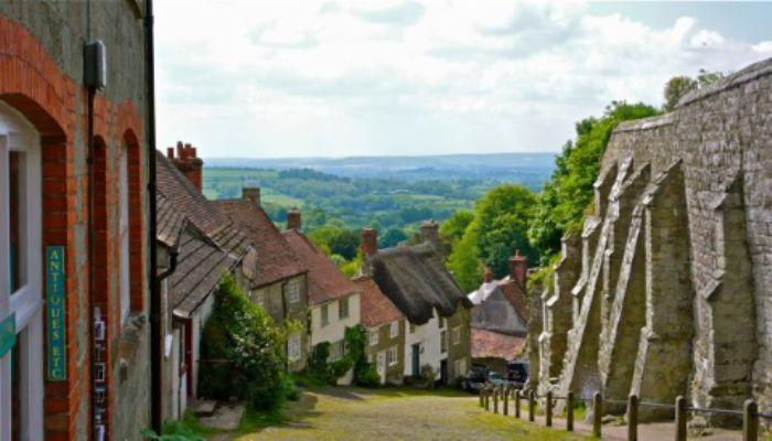 Shaftesbury  -  Gold Hill ...