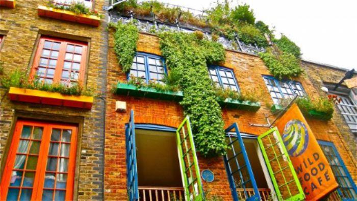 Neal's Yard, Covent Garden - heatwave August 2013