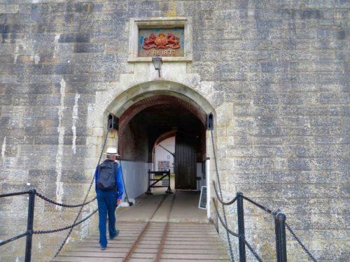 Hurst castle - entrance