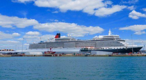 Southampton docks - the Queen Elizabeth