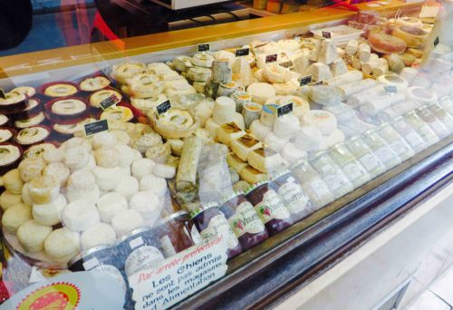 ... and nearby is 'La Fromagerie'